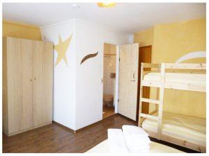 Zimmer-1-zum-Bad